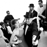 THE HOLLYWOOD REVUE SWING BAND